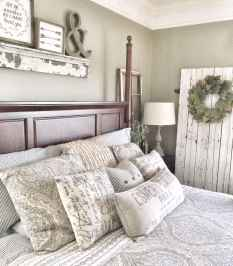 70 beautiful farmhouse master bedroom decor ideas (44)