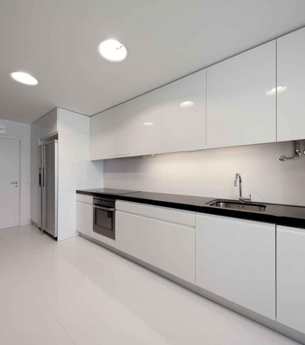 70 cool modern apartment kitchen decor ideas (42)