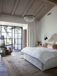 80 relaxing master bedroom decor ideas (17)