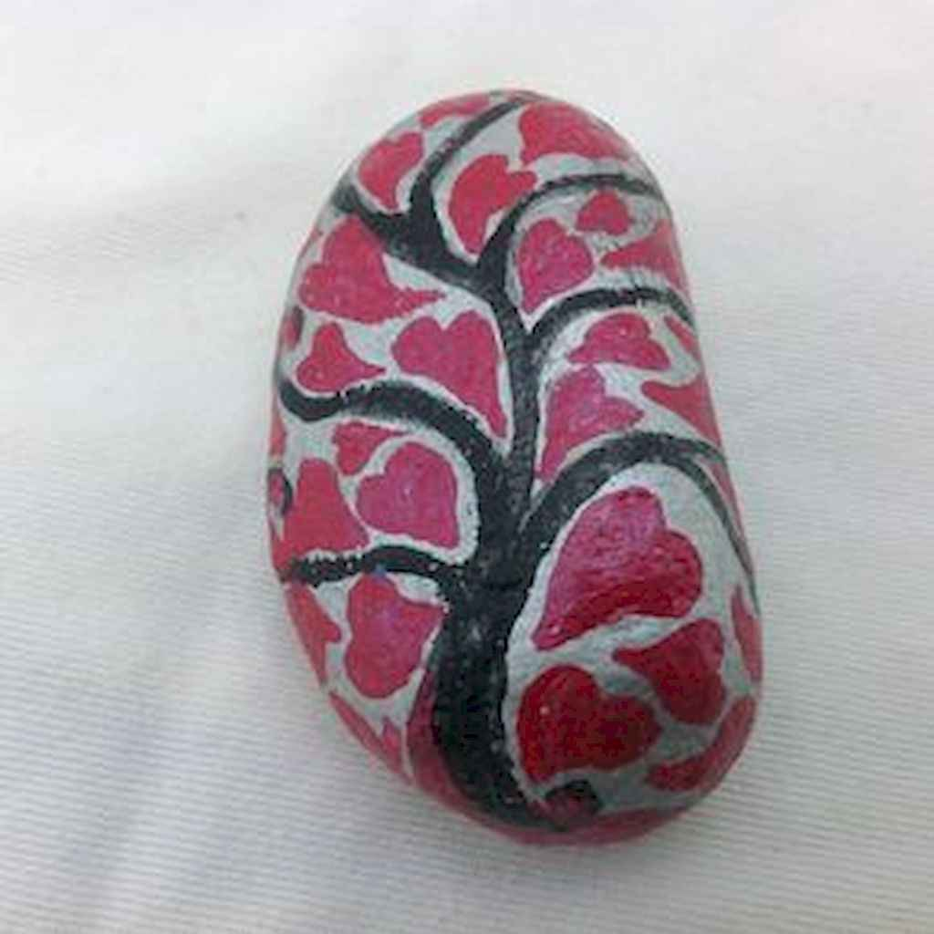 80 Romantic Valentine Painted Rocks Ideas Diy For Girl 16