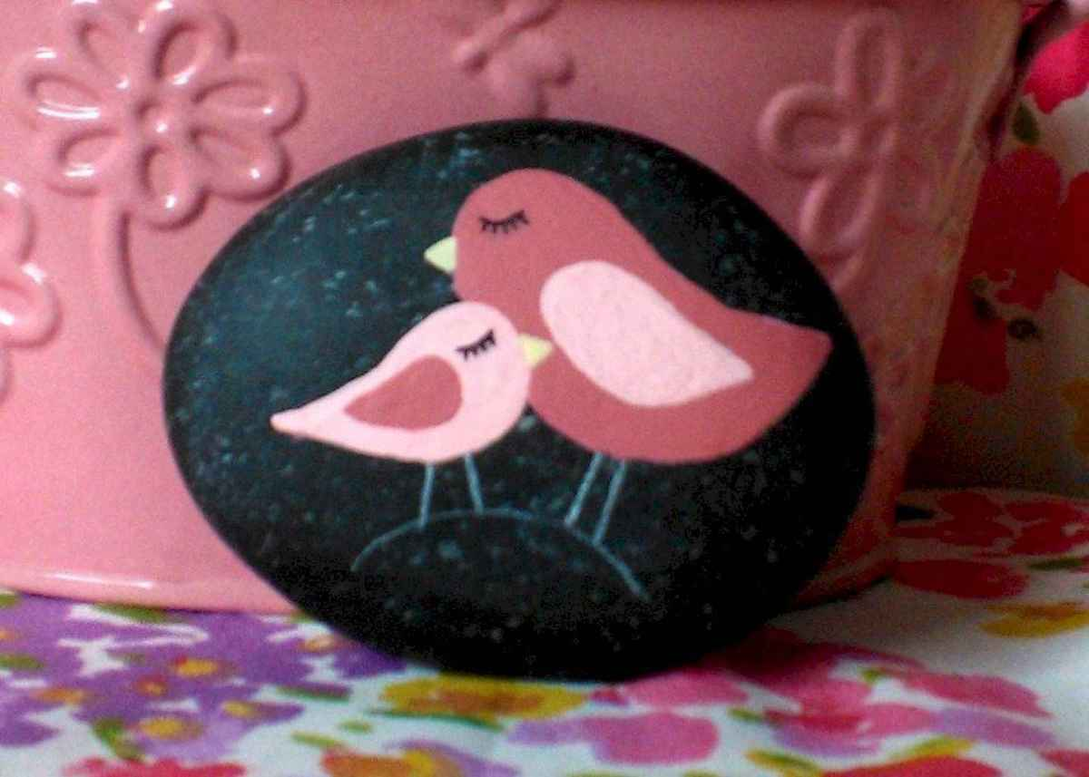 80 Romantic Valentine Painted Rocks Ideas Diy For Girl 74