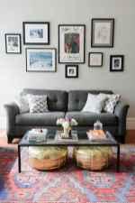 80 smart solution small apartment living room decor ideas (37)