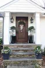 90 awesome front door farmhouse entrance decor ideas (15)