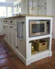 90 pretty farmhouse kitchen cabinet design ideas (23)