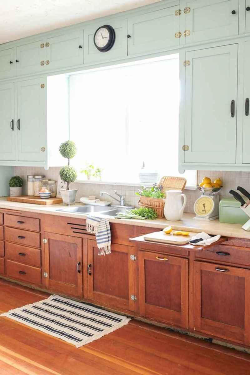 90 pretty farmhouse kitchen cabinet design ideas (61)