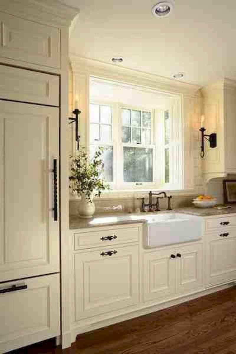 90 pretty farmhouse kitchen cabinet design ideas (92)