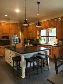 100 best oak kitchen cabinets ideas decoration for farmhouse style (28)