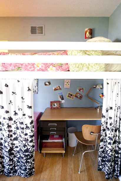 100+ cute loft beds college dorm room design ideas for girl (61)
