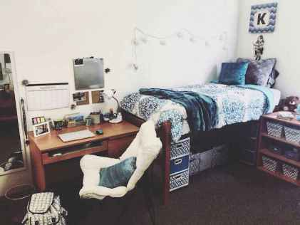 100+ cute loft beds college dorm room design ideas for girl (69)