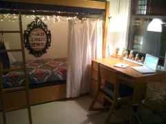 100+ cute loft beds college dorm room design ideas for girl (85)