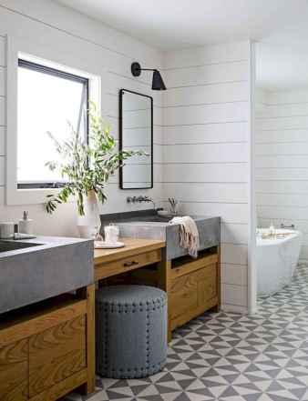 50 best farmhouse bathroom tile remodel ideas (25)