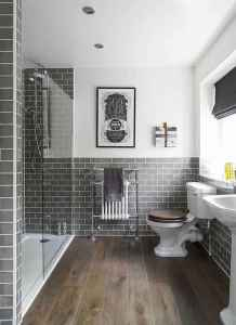 50 best farmhouse bathroom tile remodel ideas (32)
