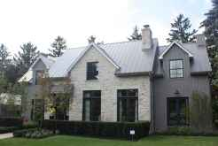 60 rustic farmhouse exterior decor ideas (19)