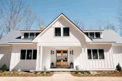 60 rustic farmhouse exterior decor ideas (28)