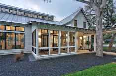 60 rustic farmhouse exterior decor ideas (49)