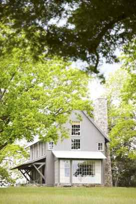 60 rustic farmhouse exterior decor ideas (54)