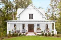 65 stunning farmhouse porch railing decor ideas (20)