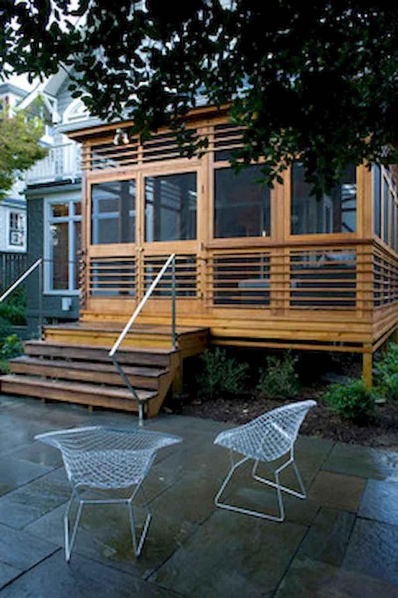 65 stunning farmhouse porch railing decor ideas (30)