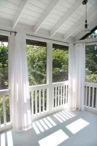 65 stunning farmhouse porch railing decor ideas (38)