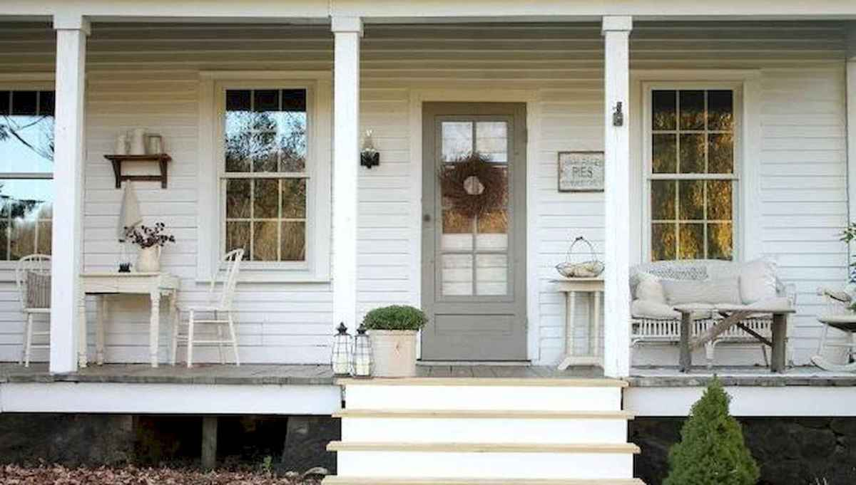 65 stunning farmhouse porch railing decor ideas (5)