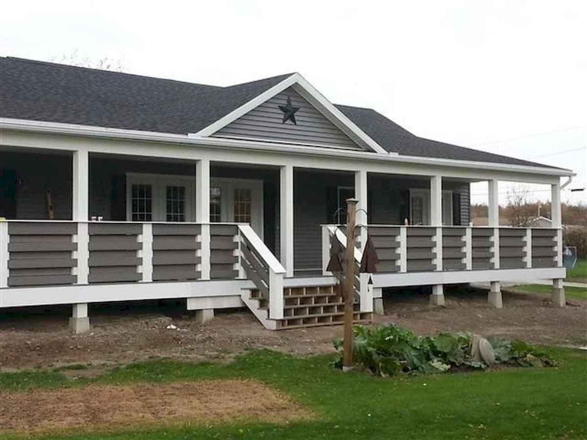 65 stunning farmhouse porch railing decor ideas (54)