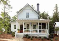 65 stunning farmhouse porch railing decor ideas (62)