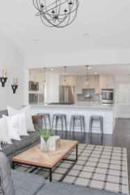66 best farmhouse living room remodel ideas (29)
