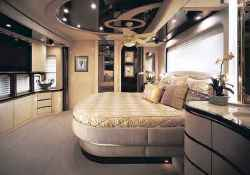 70 awesome rv living iinterior decor ideas on a budget (71)