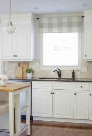 70 pretty farmhouse kitchen curtains decor ideas (26)