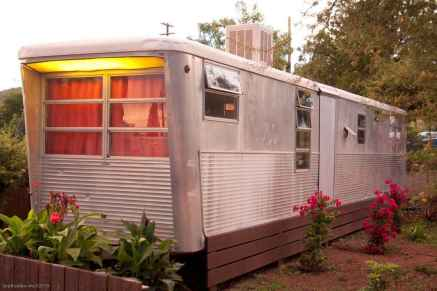 70 spectacular vintage trailers rv living ideas (7)