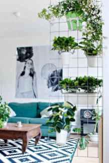 80 brilliant apartment garden indoor decor ideas (75)