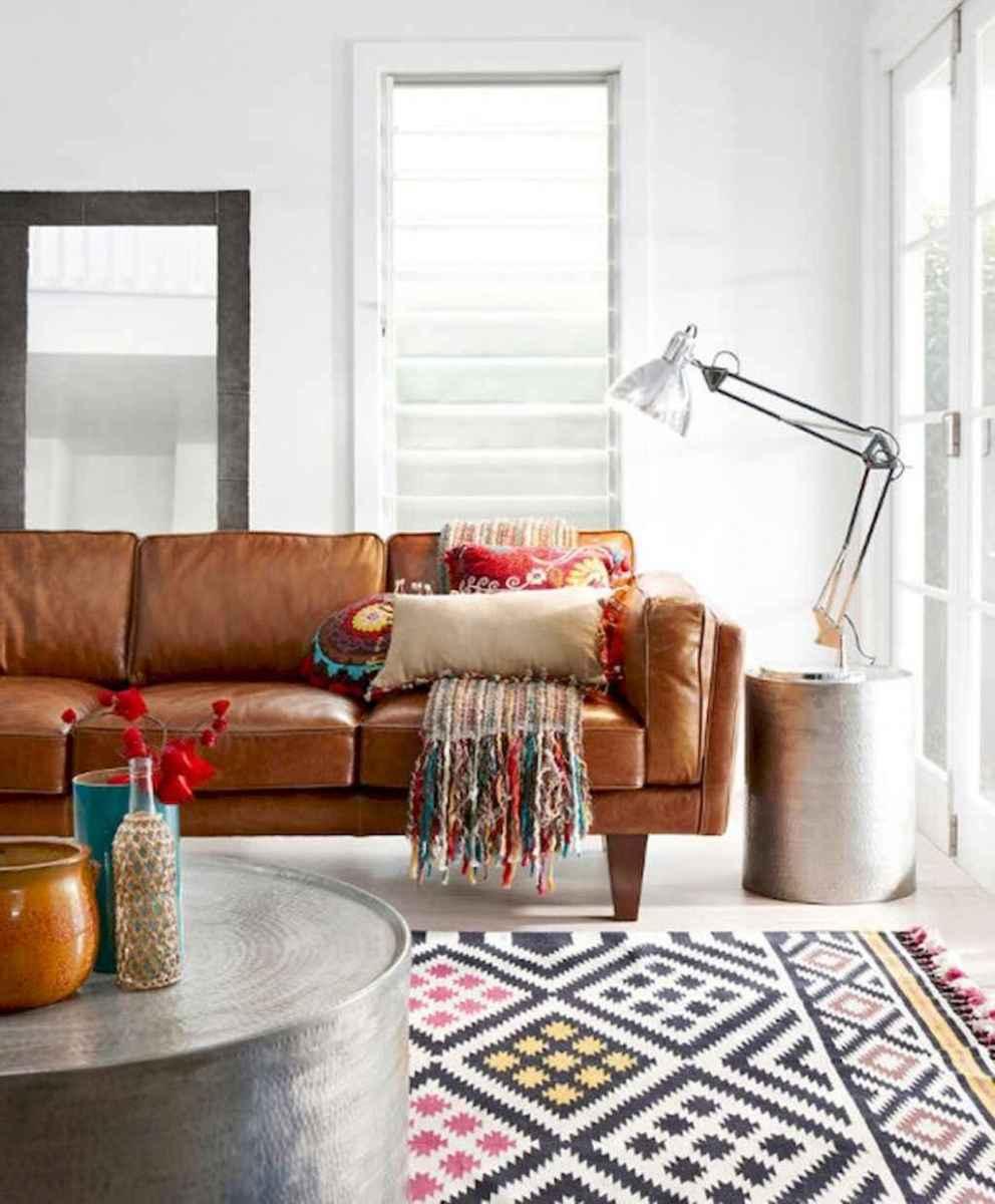 88 beautiful apartment living room decor ideas with boho style (136)