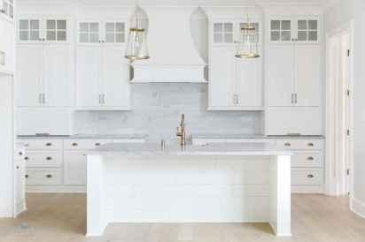 Best 100 white kitchen cabinets decor ideas for farmhouse style design (68)
