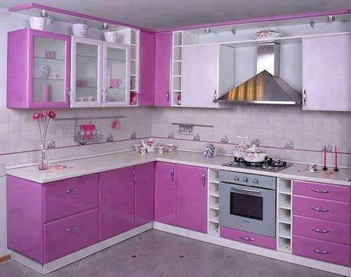 Best 40 colorful kitchen cabinet remodel ideas for first apartment (32)