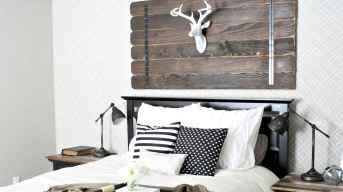 100 elegant farmhouse master bedroom decor ideas (59)