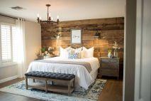 100 elegant farmhouse master bedroom decor ideas (8)