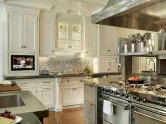 110 amazing farmhouse kitchen decor ideas (32)