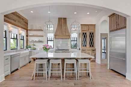 110 amazing farmhouse kitchen decor ideas (79)