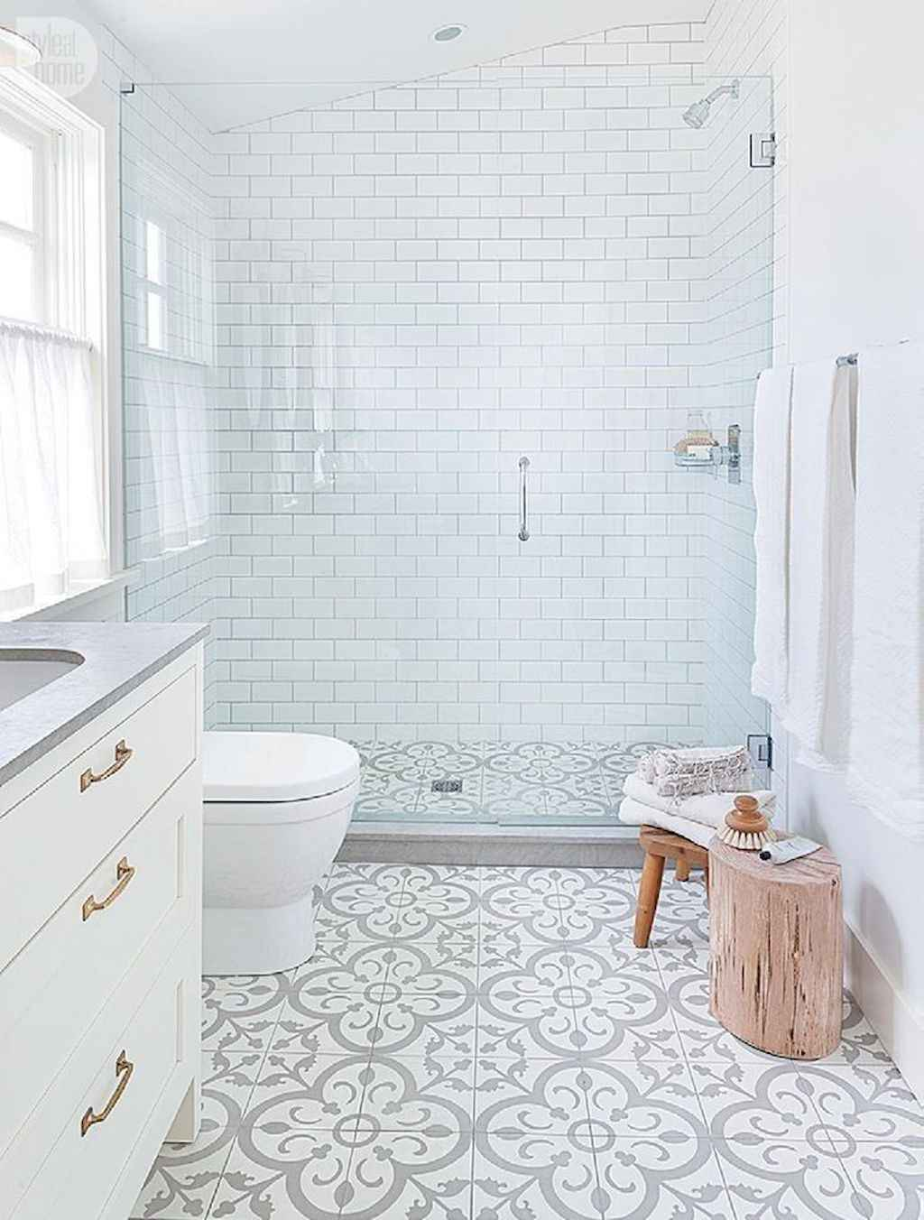 111 awesome small bathroom remodel ideas on a budget (70)
