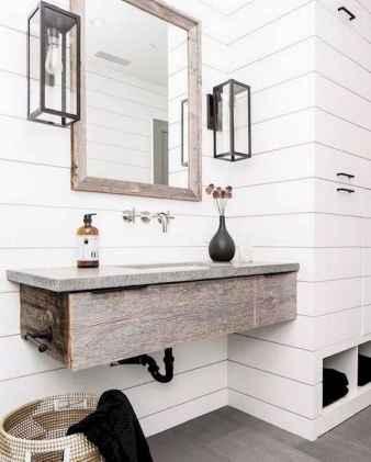 125 awesome farmhouse bathroom vanity remodel ideas (77)
