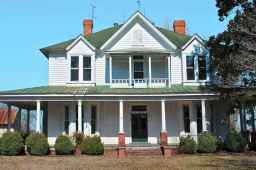 80 awesome plantation homes farmhouse design ideas (2)