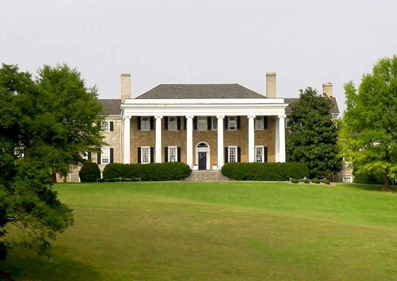 80 awesome plantation homes farmhouse design ideas (32)
