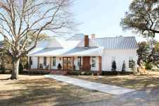 80 awesome plantation homes farmhouse design ideas (39)