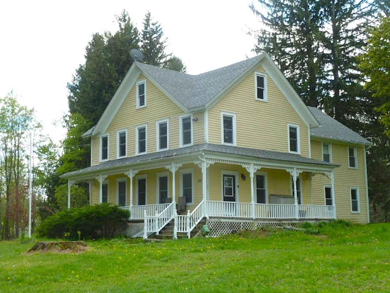 80 awesome victorian farmhouse plans design ideas (24)