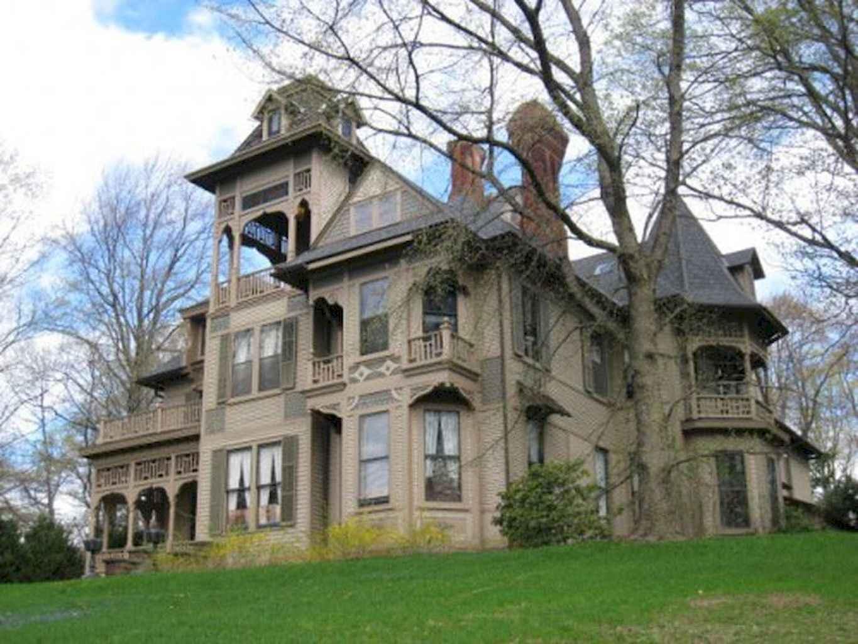 80 awesome victorian farmhouse plans design ideas (32)