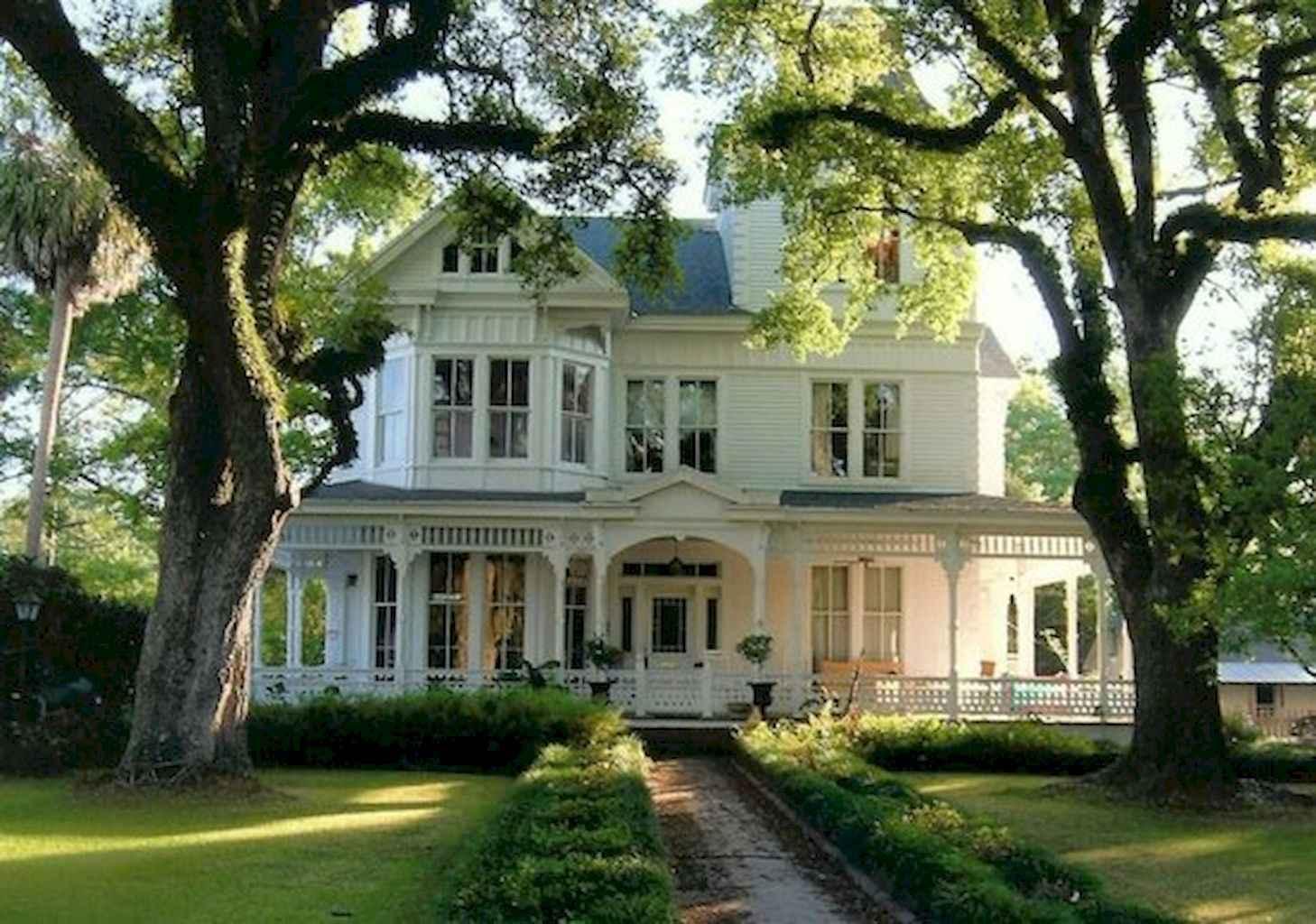 80 awesome victorian farmhouse plans design ideas (57)