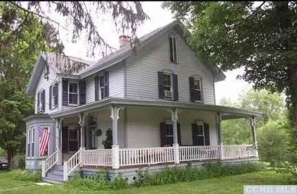 80 awesome victorian farmhouse plans design ideas (7)