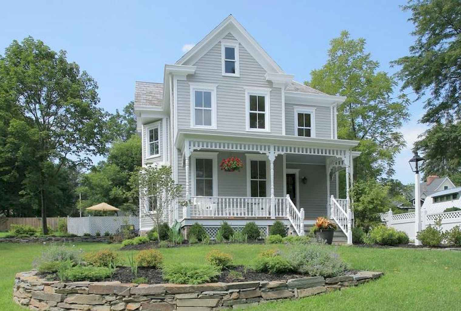 80 Awesome Victorian Farmhouse Plans Design Ideas (72)