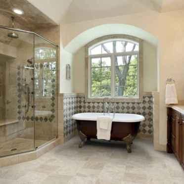 Top 25 farmhouse master bathroom decor ideas (14)