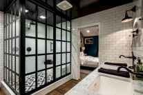 Top 25 farmhouse master bathroom decor ideas (9)